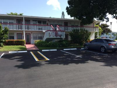 Deerfield Beach FL Condo For Sale: $53,000
