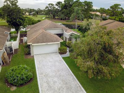 West Palm Beach Single Family Home For Sale: 6854 Touchstone Circle