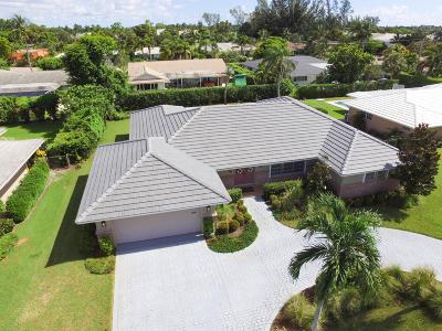 Atlantis Single Family Home For Sale: 244 Sudbury Drive