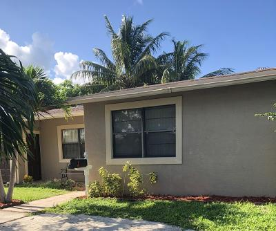 West Palm Beach Single Family Home For Sale: 2627 Palm Road