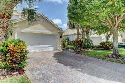 Royal Palm Beach Single Family Home For Sale: 112 Canterbury Place