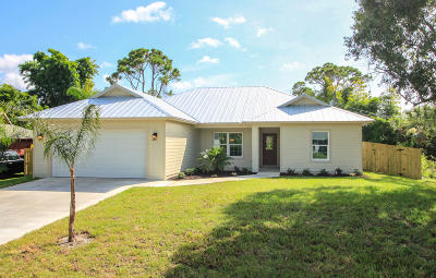 Fort Pierce Single Family Home For Sale: 4900 Seagrape Drive