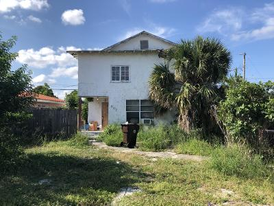West Palm Beach Single Family Home Contingent: 807 McIntosh Street