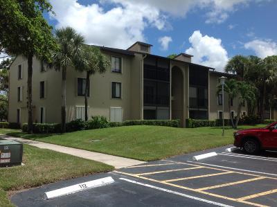 Greenacres FL Condo For Sale: $135,000