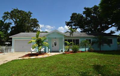Stuart Single Family Home For Sale: 305 SE Villas Street