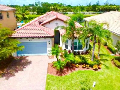 Royal Palm Beach Single Family Home For Sale: 2101 Belcara Court