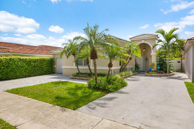 Miami Single Family Home For Sale: 15108 NW 89th Avenue