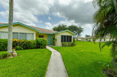 Delray Beach Single Family Home For Sale: 5265 Lakefront Boulevard #D