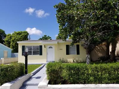 West Palm Beach Single Family Home Contingent: 943 W Lakewood Road