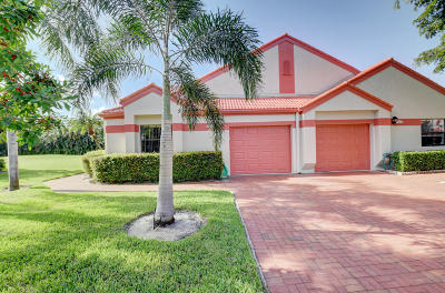 Delray Beach Single Family Home For Sale: 7540 Lexington Club Boulevard #A