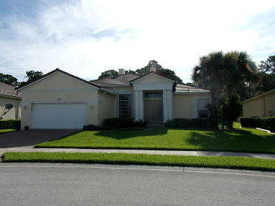 Port Saint Lucie Single Family Home For Sale: 355 SW Lake Forest Way