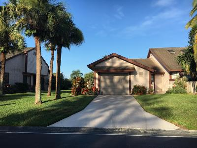 Port Saint Lucie Single Family Home For Sale: 1558 SE Hatfield Court