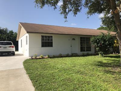Stuart FL Single Family Home For Sale: $159,900