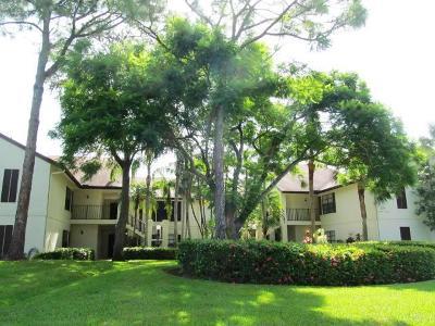 Greenacres FL Condo For Sale: $132,000