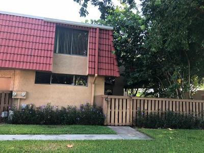 Boca Raton Townhouse For Sale: 8063 Severn Drive #C