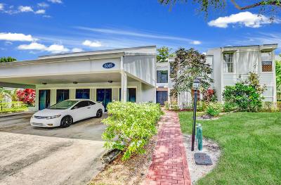 Boca Raton Condo For Sale: 6149 Old Court Road #128