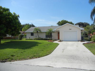 Boynton Beach Single Family Home For Sale: 3782 Dorrit
