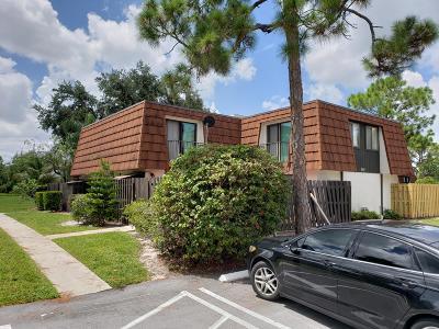 Greenacres FL Townhouse For Sale: $155,000