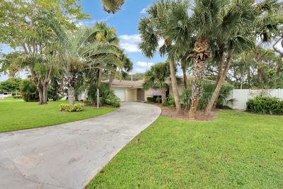 Tequesta Single Family Home For Sale: 574 Dover Road