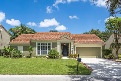 Palm Beach Gardens Single Family Home For Sale: 10240 Hunt Club Lane