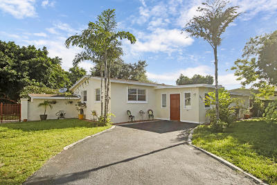 West Palm Beach Single Family Home For Sale: 2435 Oklahoma Street