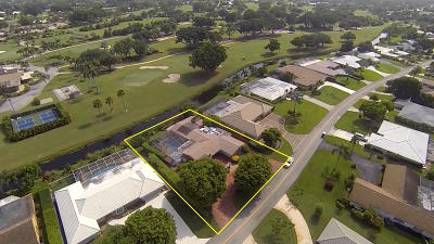 Atlantis Single Family Home For Sale: 217 Country Club Drive