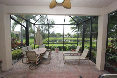 Boynton Beach Single Family Home For Sale: 9588 Hunterston Drive