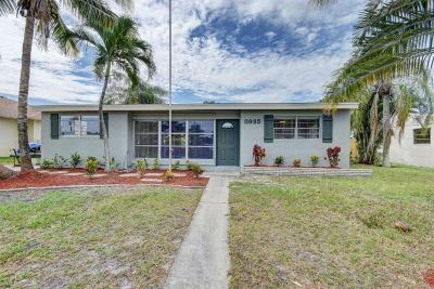 Lake Worth Single Family Home For Sale: 3925 Tuskegee Drive