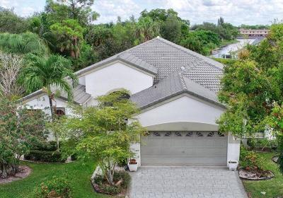 West Palm Beach Single Family Home For Sale: 132 Private Place