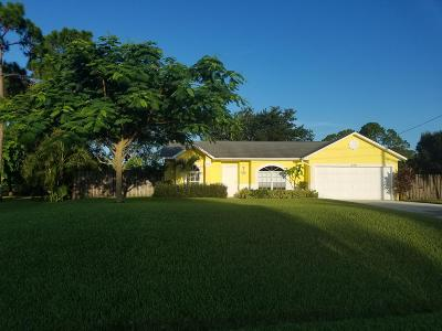 St Lucie County Single Family Home Contingent: 2410 SW Dalpina Road
