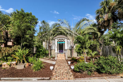 Lake Worth Single Family Home For Sale: 403 Ocean Breeze