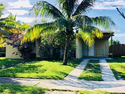 Lake Worth Single Family Home For Sale: 3873 Pensacola Drive