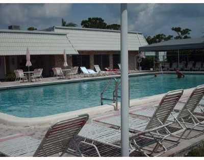 Delray Beach FL Condo For Sale: $89,900