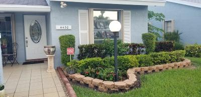 Lake Worth Single Family Home For Sale: 4430 Lucerne Villas Lane