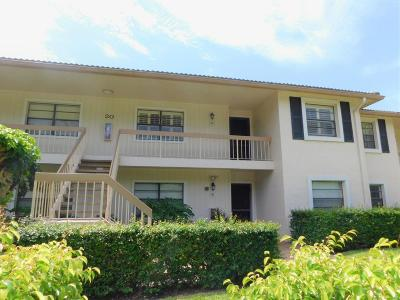 Boynton Beach Condo For Sale: 20 Westgate Lane #20d