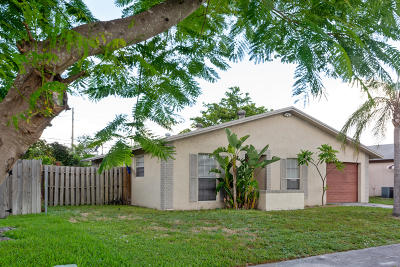 Boca Raton Single Family Home For Sale: 3761 NE 4th Avenue