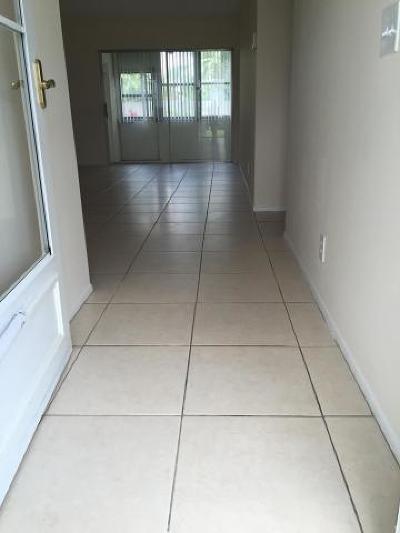 West Palm Beach Condo For Sale: 2591 Emory Drive W #I