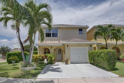Deerfield Beach Single Family Home For Sale: 4161 Eastridge Circle