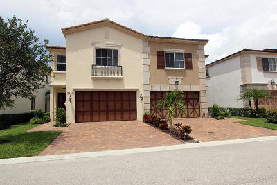 West Palm Beach Townhouse For Sale: 2119 Foxtail View Court