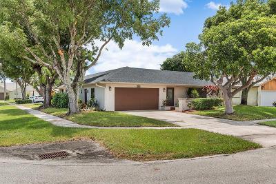 Boca Raton Single Family Home For Sale: 6633 Amberwoods Drive