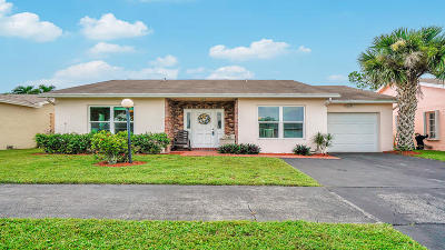 Lake Worth Single Family Home For Sale: 7468 Pine Park Drive S