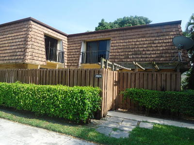 Lake Worth Townhouse For Sale: 2604 26th Lane