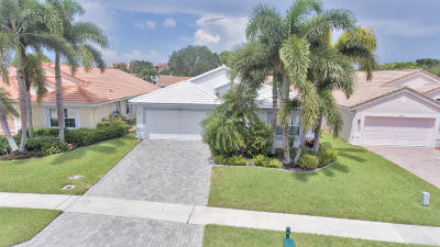 Boca Raton Single Family Home For Sale: 22895 E Sterling Lakes Drive