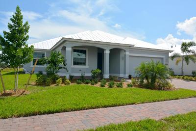 Vero Beach Single Family Home For Sale: 266 11th Square SW