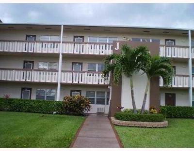 Boca Raton Condo For Sale: 387 Brighton J