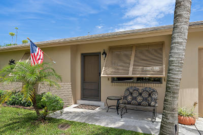 Tequesta Single Family Home For Sale: 19043 SE Fearnley Drive