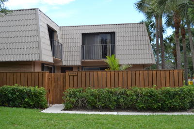 West Palm Beach Townhouse For Sale: 5904 59th Way