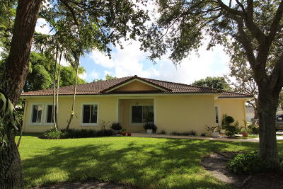 Deerfield Beach Single Family Home For Sale: 1202 SW 48th Terrace