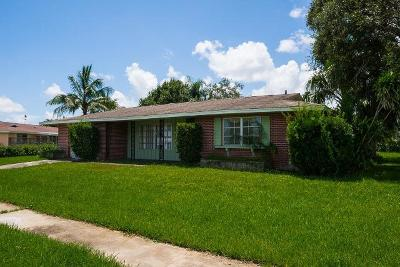 Port Saint Lucie Single Family Home For Sale: 1430 SE San Ignacio Lane