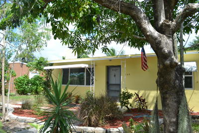 West Palm Beach Single Family Home For Sale: 809 Aspen Road